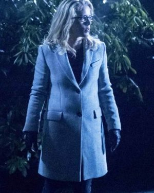 Emily Bett Rickards Arrow Season 6 Felicity Smoak White Trench Coat