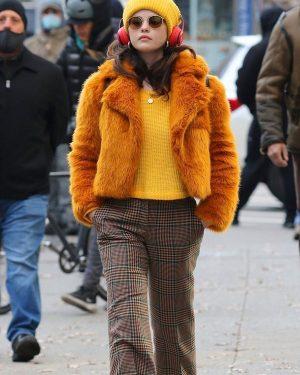 Selena Gomez TV Series Only Murders in The Building S01 Orange Fur Jacket