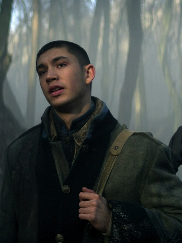 TV Series Shadow and Bone Malyen Oretsev Green Wool Trench Coat